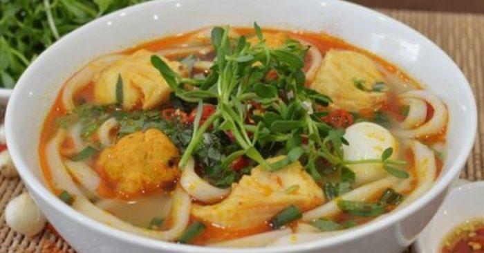 Bánh Canh Cá Lóc Quảng Trị