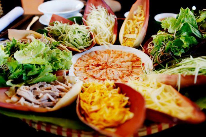 Top 11 Món ăn Miền Trung Ngon Nổi Tiếng, Nhất định Phải Thử