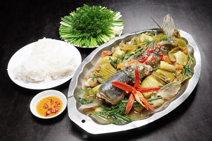 Cách làm cá chép om dưa thơm ngon như nhà hàng