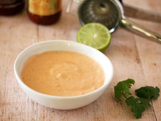 Món Cơm Cuộn Rong Biển Thích Hợp Chấm Với Sốt Mayonnaise