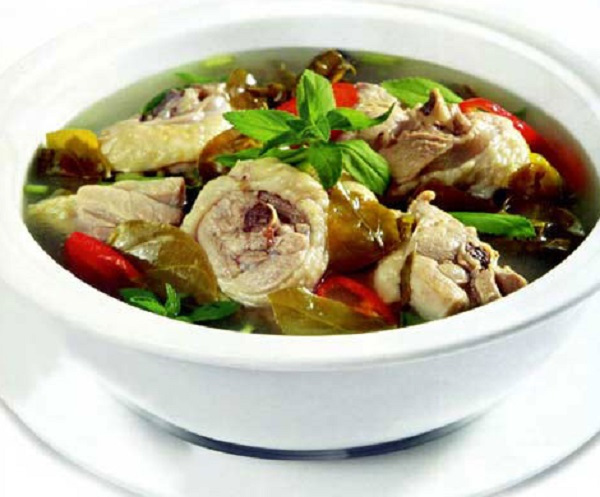 Canh Ga La Giang