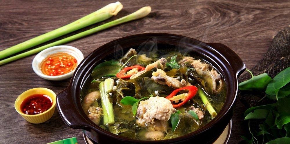 Thịt Gà Lá Giang Ngon